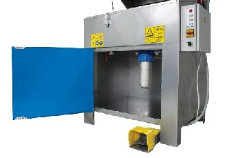 Manual high pressure water parts washer _ Model 550 cabinet